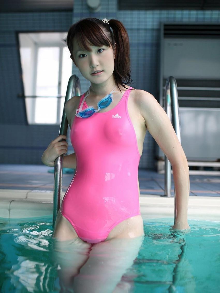 【競泳水着エロ画像】こんなエロい水着が競泳用だというからオドロキwww 51