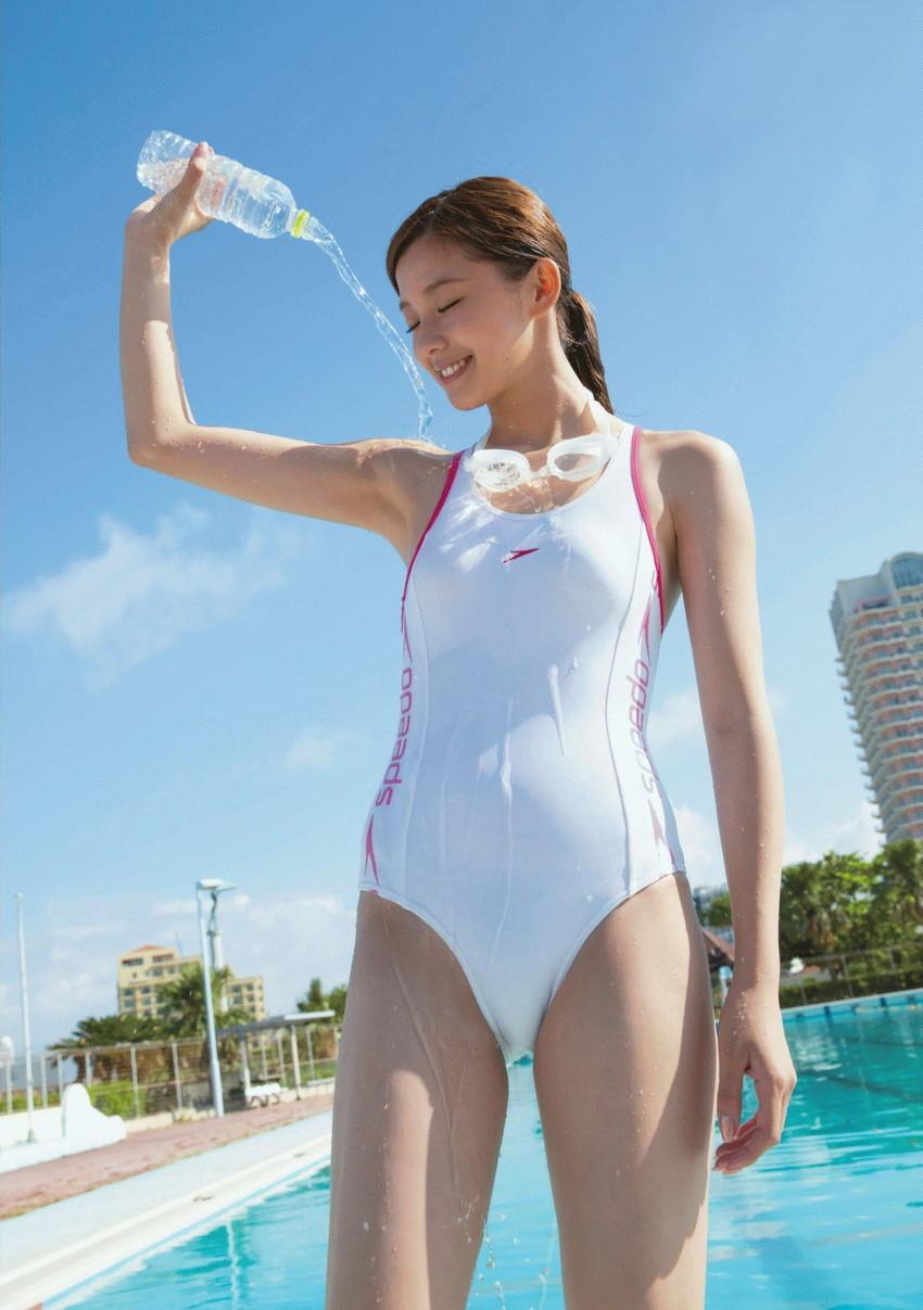 【競泳水着エロ画像】こんなエロい水着が競泳用だというからオドロキwww 52