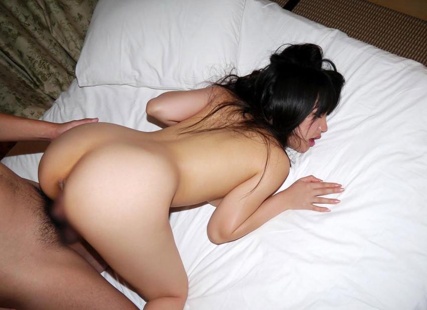 【バックエロ画像】女の子のお尻を視覚的に楽しみながらハメる体位! 11
