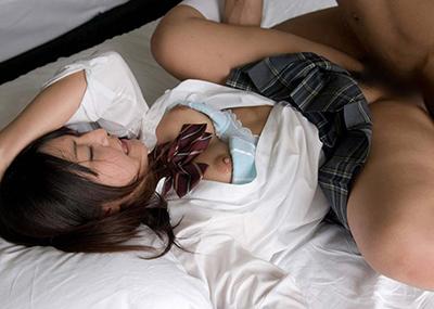 【JKコスプレセックスエロ画像】制服コスプレした女の子達の生々しいセックス!