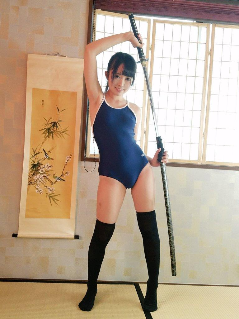 【スクール水着エロ画像】スクール水着姿の女子を見て妄想して楽しむwww 21
