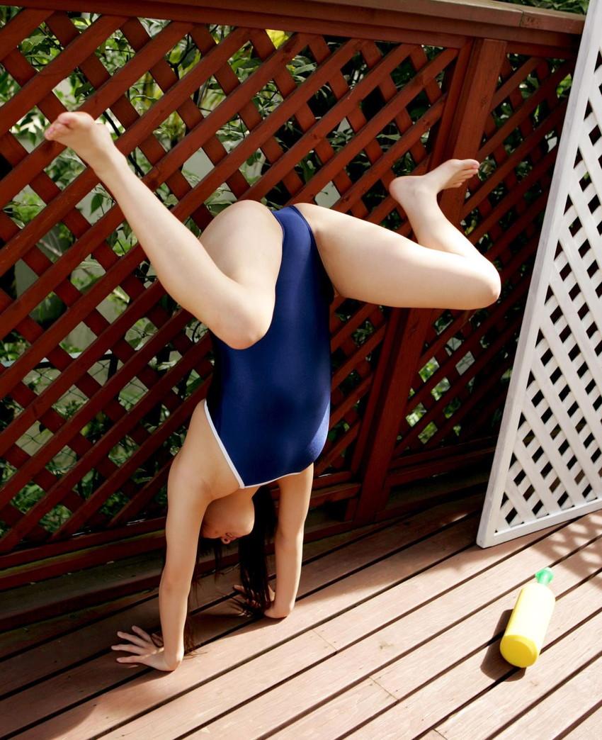 【スクール水着エロ画像】スクール水着姿の女子を見て妄想して楽しむwww 50
