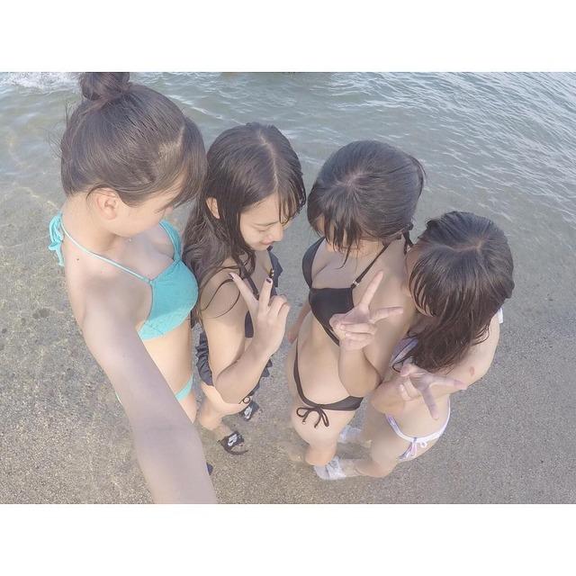【素人水着エロ画像】素人娘たちの無防備な水着姿に思わず勃起した! 48