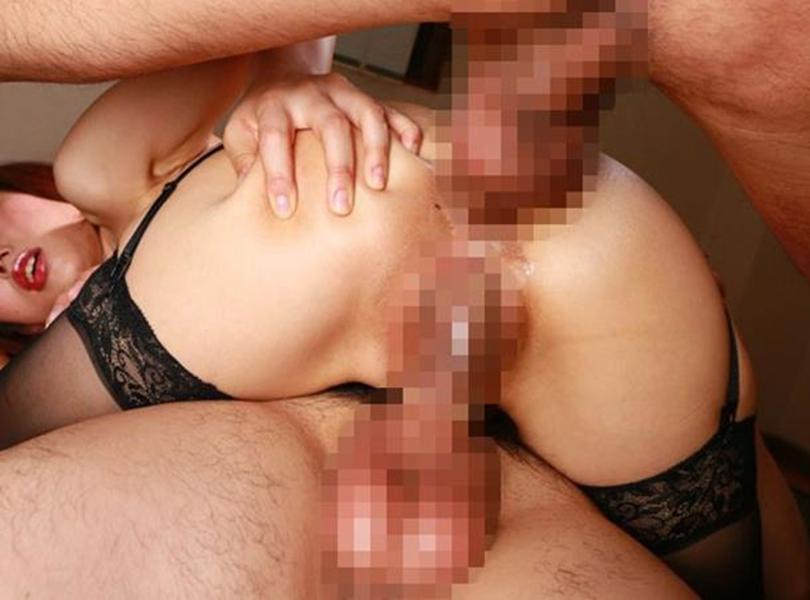【2穴セックスエロ画像】オマンコにもアナルにもチンポねじ込まれてカイカ~ンww 05