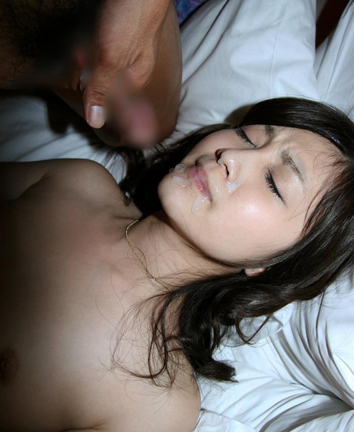 【顔射エロ画像】女の子の可愛い顔をザーメンで汚すってやつwwww 43
