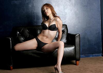 【ランジェリーエロ画像】機能性だけでなくセクシーさも重要な女性下着!