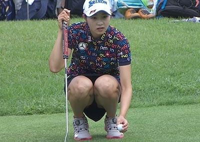 女子ゴルフ・三浦桃香(19)、豪快にパンモロ放送事故wwwwwwww