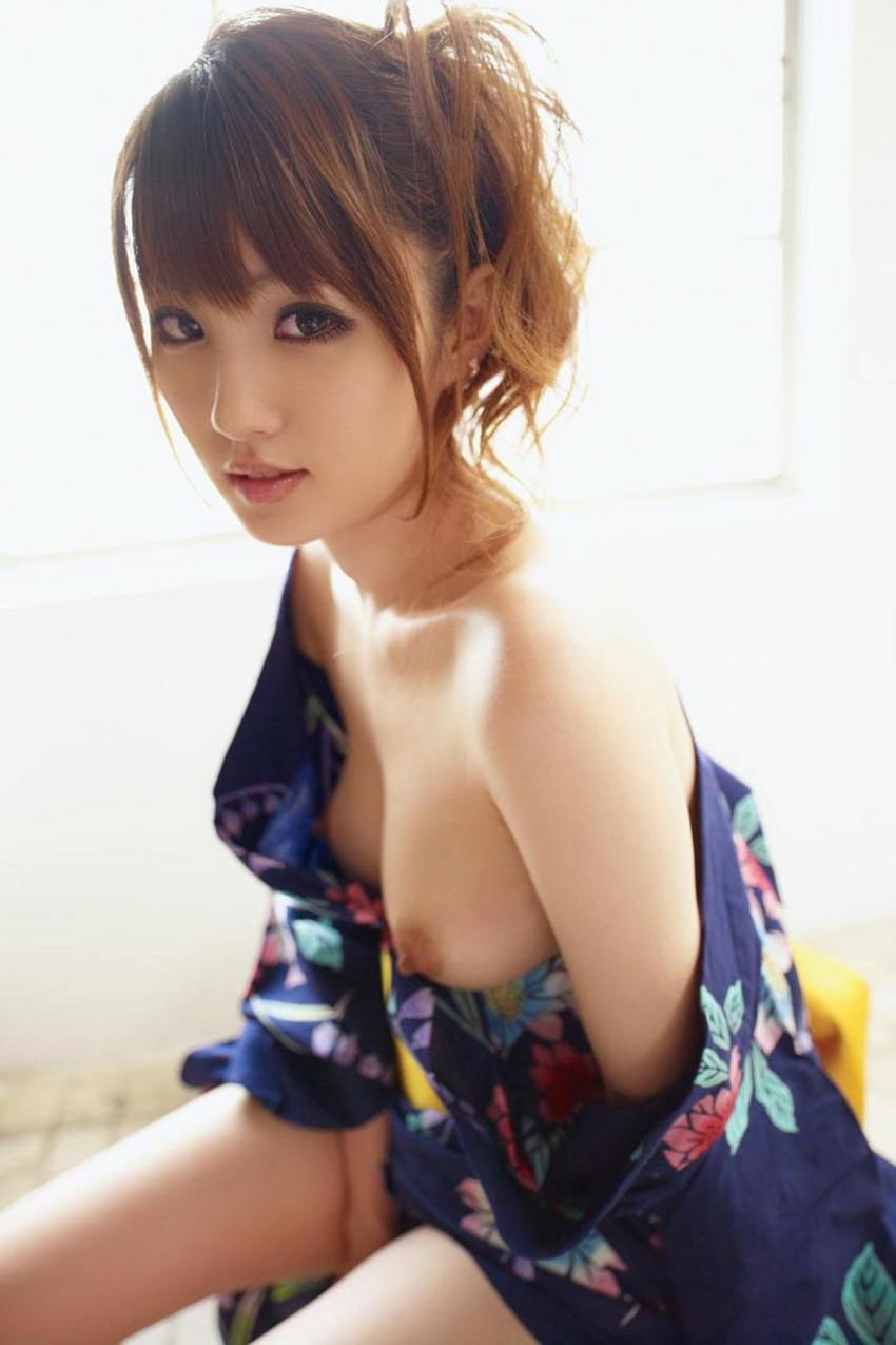 【和服エロ画像】日本古来からの民族衣装のエロスを楽しもうじゃないか!?w 53