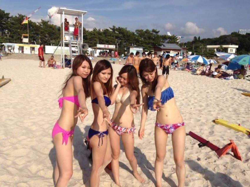 【素人水着エロ画像】夏といえば海!海といったら素人娘たちの水着だよなwwwww 07