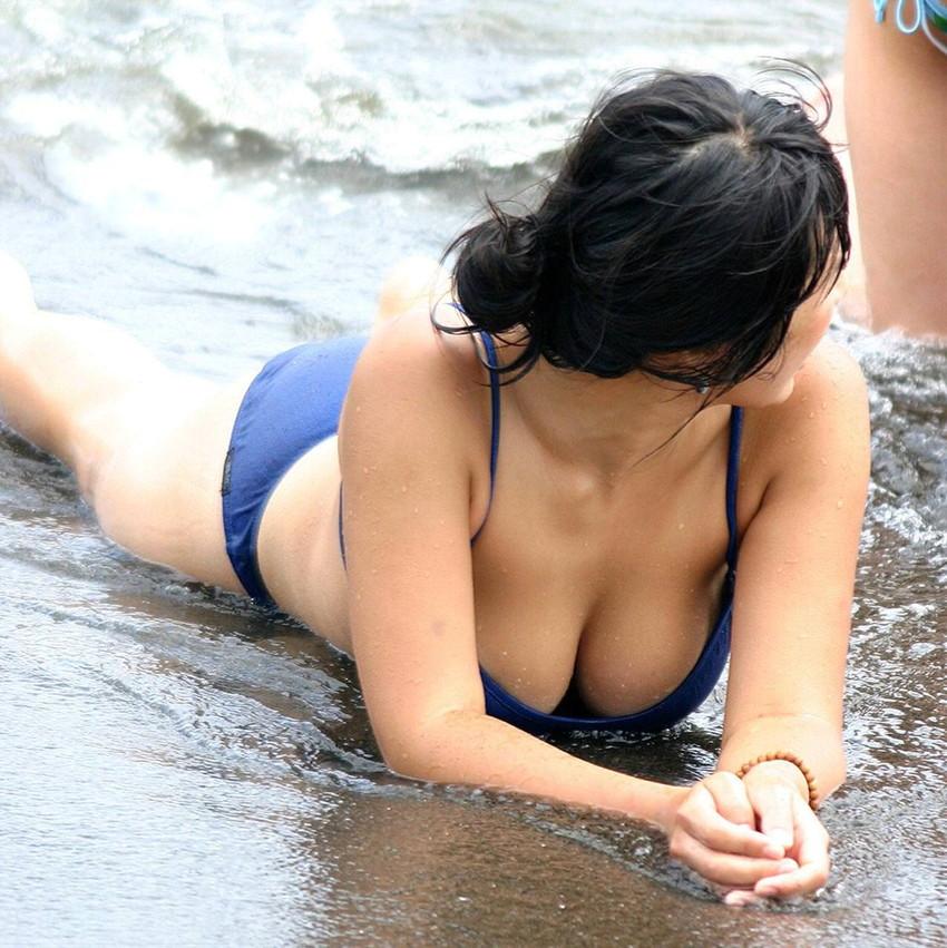 【素人水着エロ画像】夏といえば海!海といったら素人娘たちの水着だよなwwwww 24