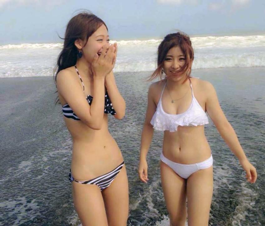 【素人水着エロ画像】夏といえば海!海といったら素人娘たちの水着だよなwwwww 40