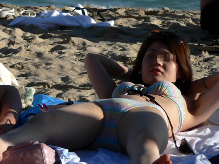 【素人水着エロ画像】夏といえば海!海といったら素人娘たちの水着だよなwwwww 41