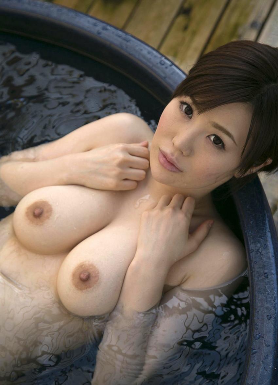 入浴中の女の子はオールヌード!全裸って素晴らしいwww