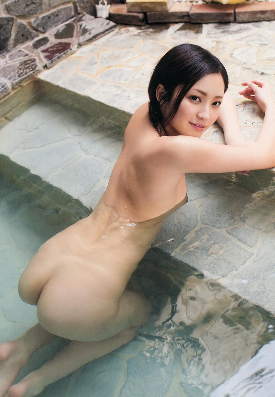 【入浴エロ画像】入浴中の女の子はオールヌード!全裸って素晴らしいwww 10