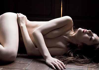 【セミヌード】日本一の美女プロレスラー、脱ぐwwwぷりっぷりな割れ目モロ見えwww【エ□画像25枚】