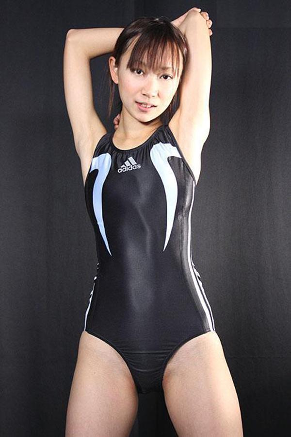 【競泳水着エロ画像】これってもしかしたビキニよりもエロい水着なのか?w 28