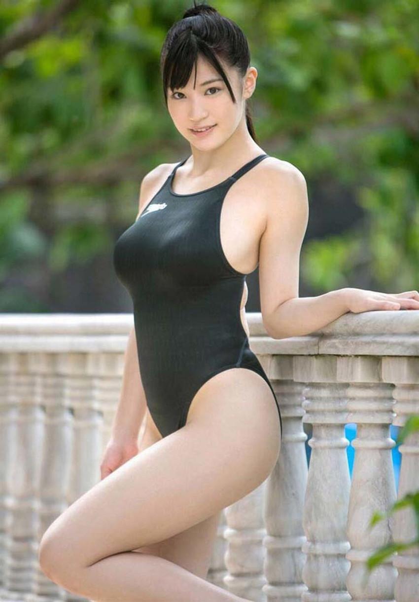 【競泳水着エロ画像】これってもしかしたビキニよりもエロい水着なのか?w 46