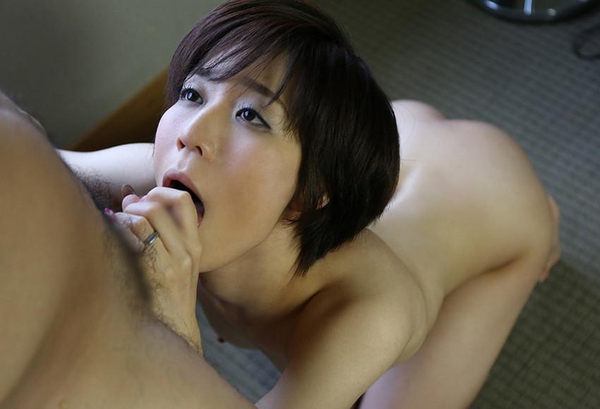 【全裸フェラエロ画像】生まれたままの姿でオチンチンを欲するフェラチオ女子! 39