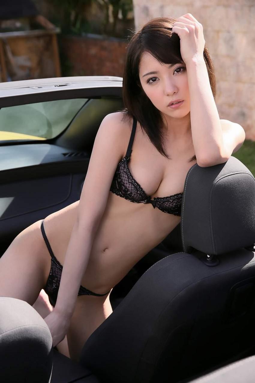 【下着エロ画像】女性下着に求められるのは機能性だけではなくセクシーさも重要! 41