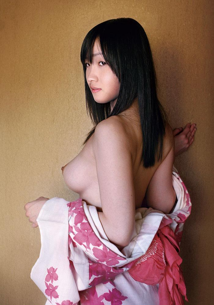 【和服エロ画像】日本古来の民族衣装をまとった女の子のエロ画像にフル勃起不可避! 56