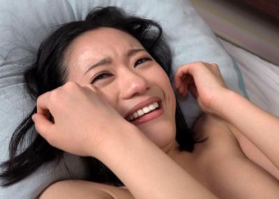 【闇深】後悔?涙を流すA●女優さんのリアルなエ□画像集(23枚)