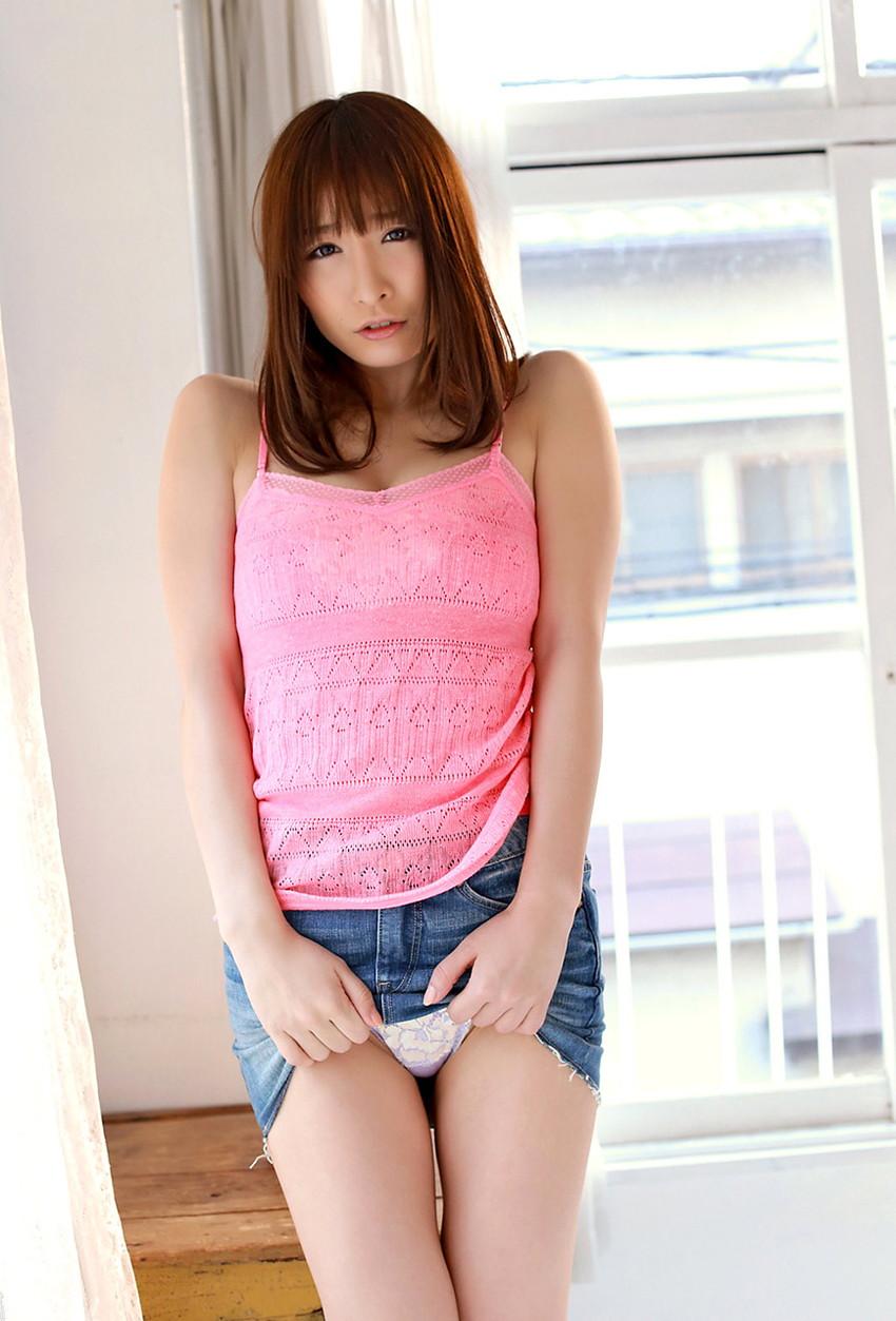 【セルフパンチラエロ画像】女の子にこんな風に誘われたら、ワイ堪らんぞ!www 17