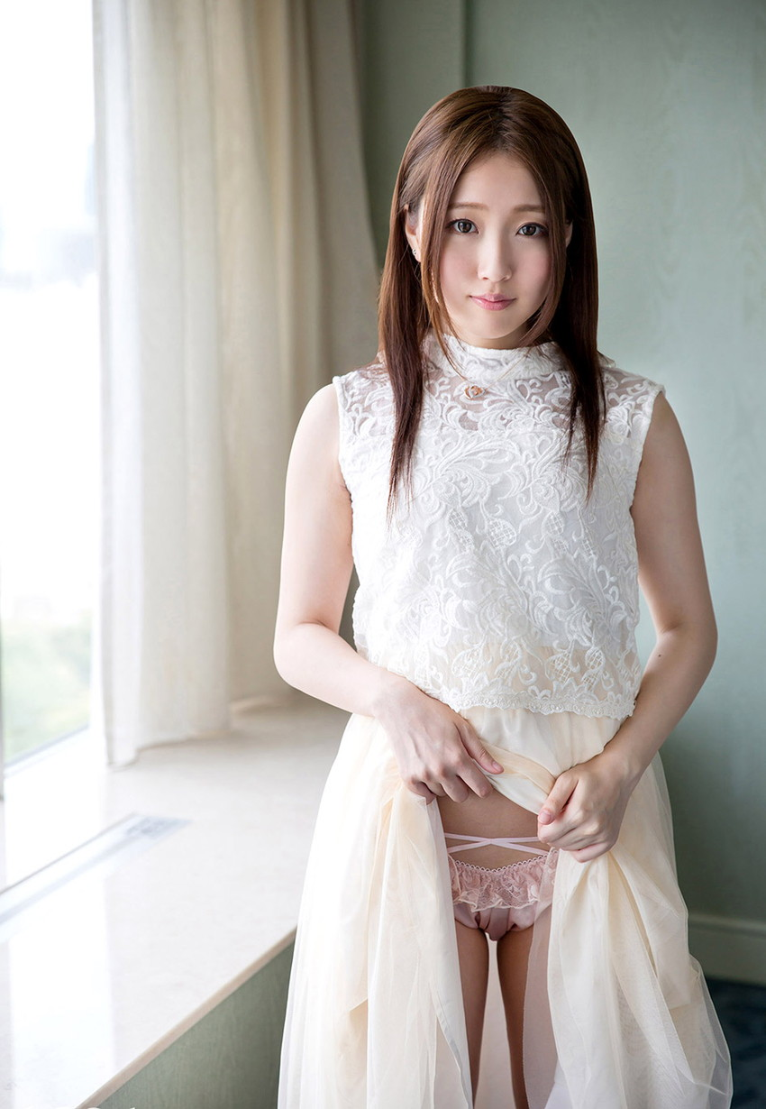 【セルフパンチラエロ画像】女の子にこんな風に誘われたら、ワイ堪らんぞ!www 24