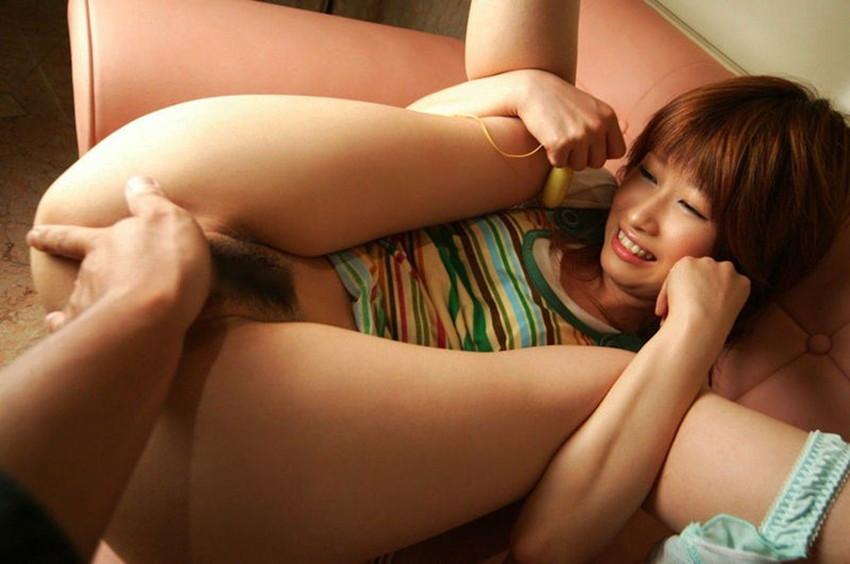 【手マンエロ画像】オマンコ触りたいから手マンする!最もセオリーな前戯は手マン? 41