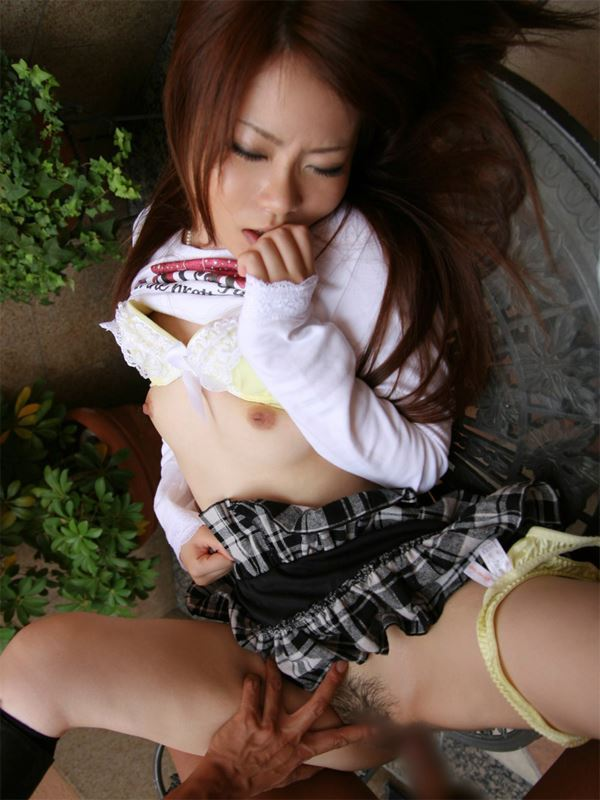【着衣セックスエロ画像】乱れに乱れた着衣がえろくて草!着衣セックス! 06