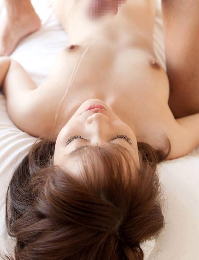 【射精エロ画像】体に精液ぶっかけられたセックス事後の女の子たちのエロ画像 21