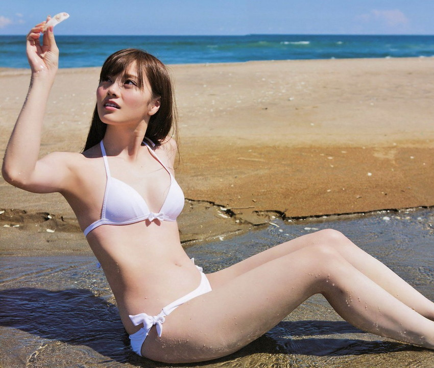 【ビキニエロ画像】夏はとっくに過ぎたけどビキニ女子を愛でようずww 75