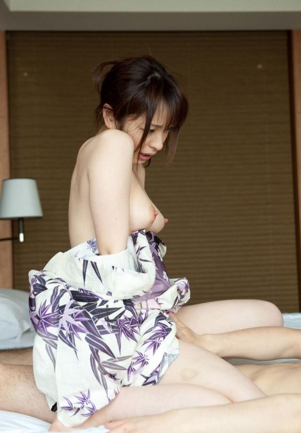 【和服エロ画像】和服姿のエロスにフル勃起不可避!日本人でよかったぜwwww 48
