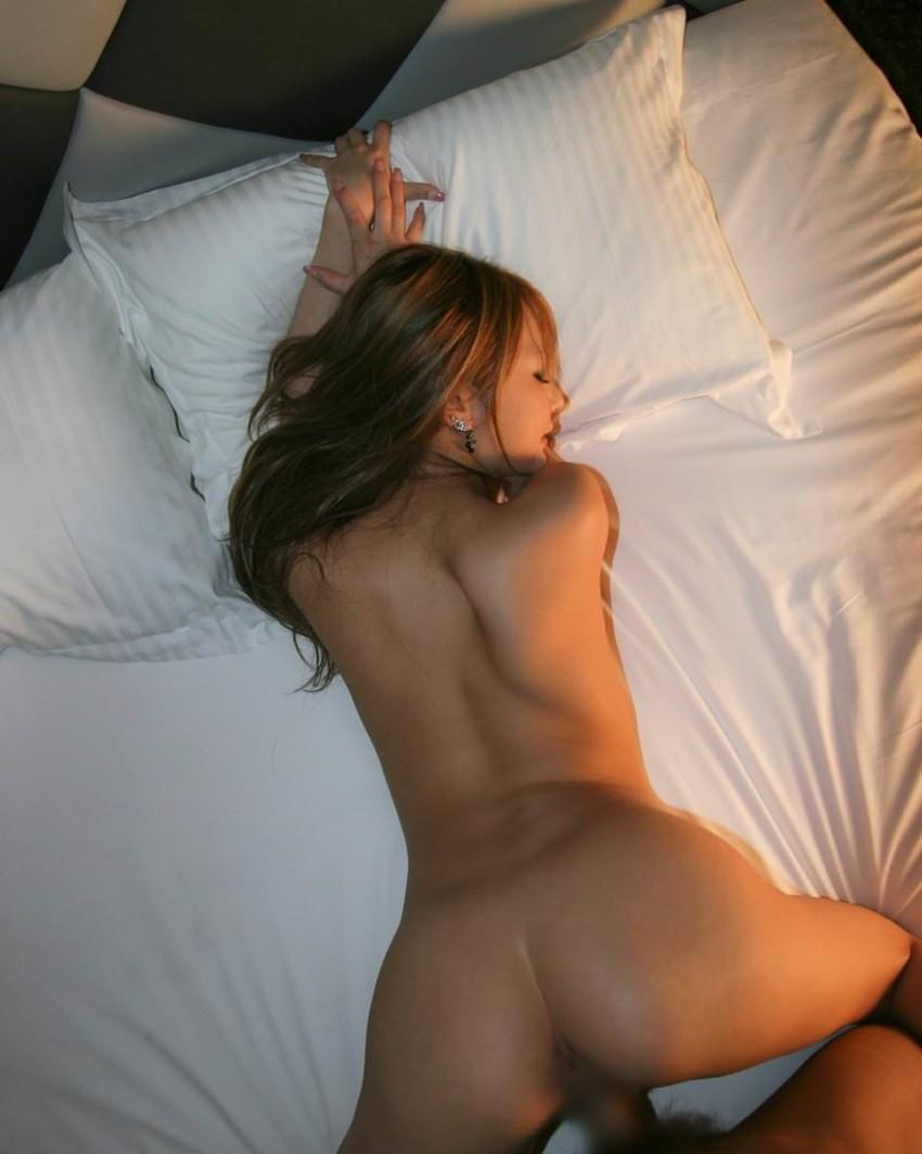 【後背位エロ画像】お尻フェチに嬉しすぎる体位がこちら、後背位でセックス! 33