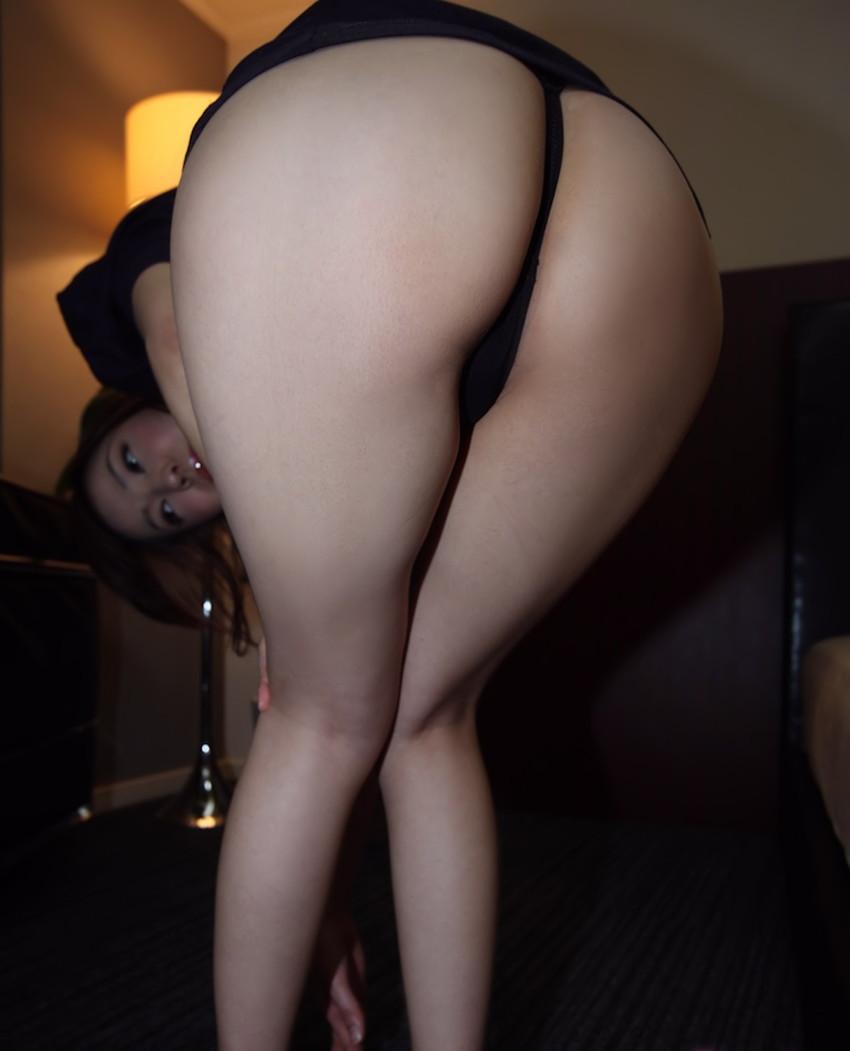 【Tバックエロ画像】お尻フェチのアナタにも必見のTバック着用の女の子! 46