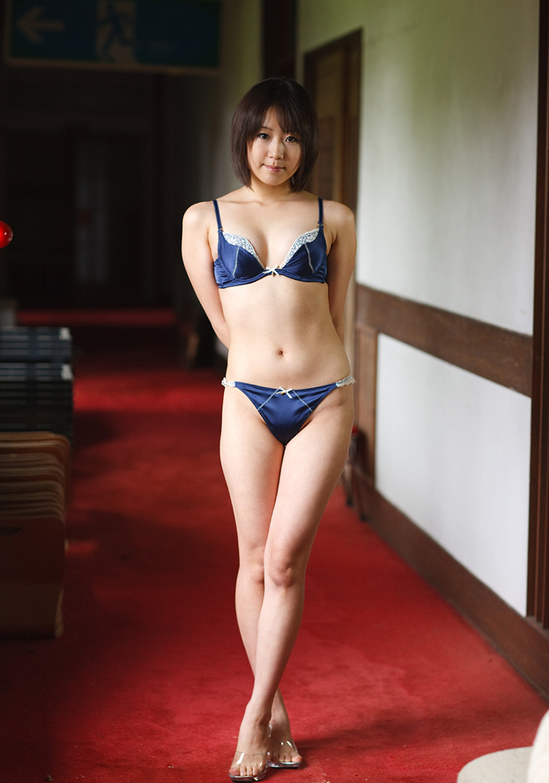 【下着姿エロ画像】女の子たちのセクシーな下着姿のエロ画像集めたった! 56