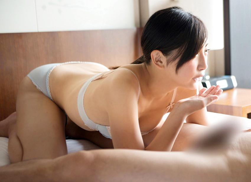 【口内発射エロ画像】女の子の口内にザーメンぶちまけたらめっちゃエロい絵になった! 13