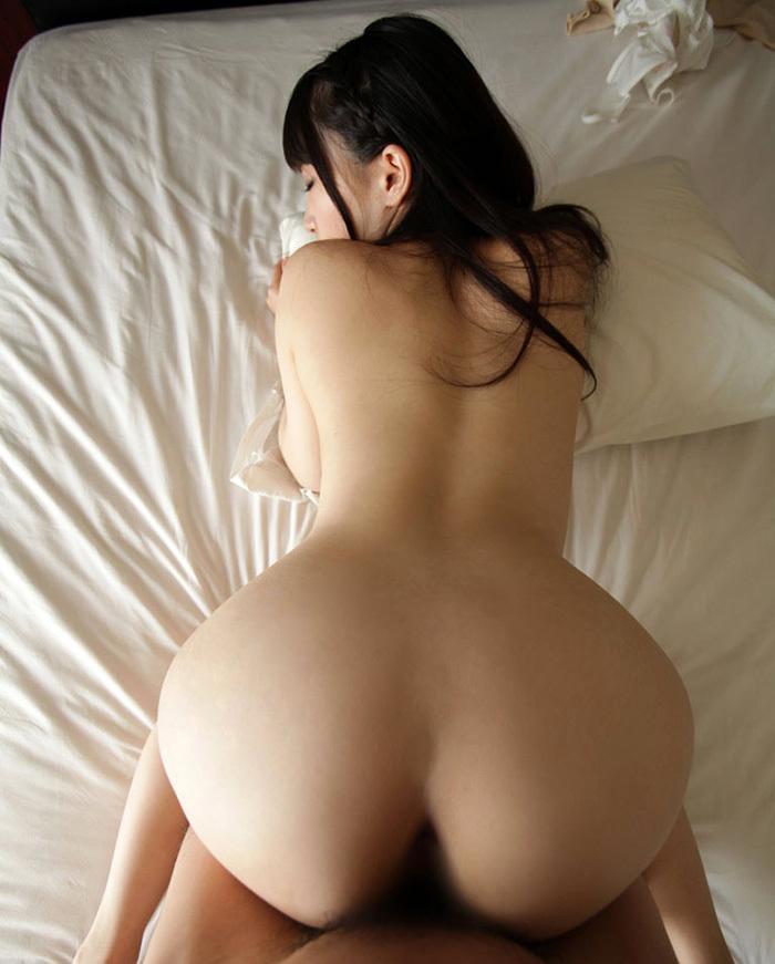 【バックエロ画像】後背位、バックと言われる女の子をお尻側からハメる体位エロすぎw 55