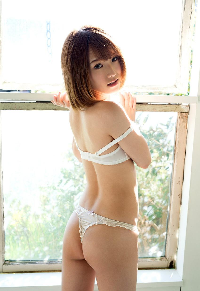 【椎名そらエロ画像】いかにも妹っぽいルックスと素人っぽい雰囲気が堪らない椎名そら! 17