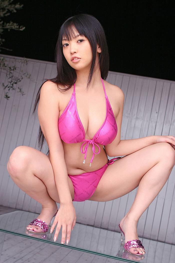 【M字開脚エロ画像】女子に興味があるなら当然女子の股間は見たいよな!?wwww 41