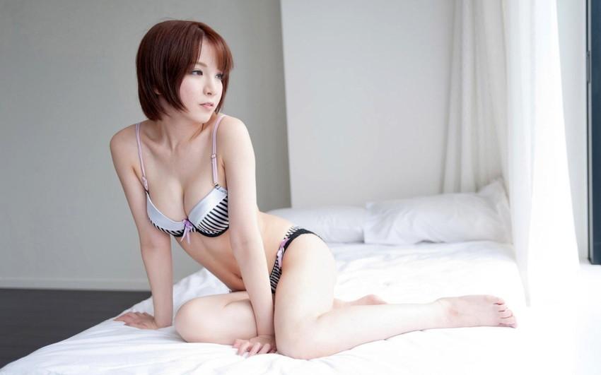 【ランジェリーエロ画像】色とりどりの下着姿の女の子、グゥ、抜ける!www 13