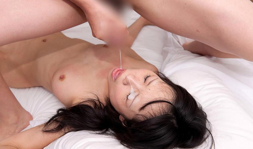 【顔射エロ画像】女の子の顔面に男の欲望の汁をぶっかけたったwwwww 23