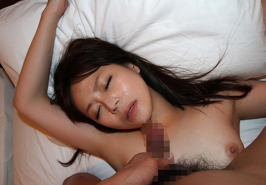 【顔射エロ画像】女の子の顔面に男の欲望の汁をぶっかけたったwwwww 26