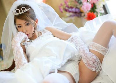 花嫁エ□画像!!新婦のパ○チラや胸チラの120枚