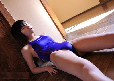 【競泳水着エロ画像】ガチでエロいぞこの水着!これで競泳用だと言うのだから驚き!