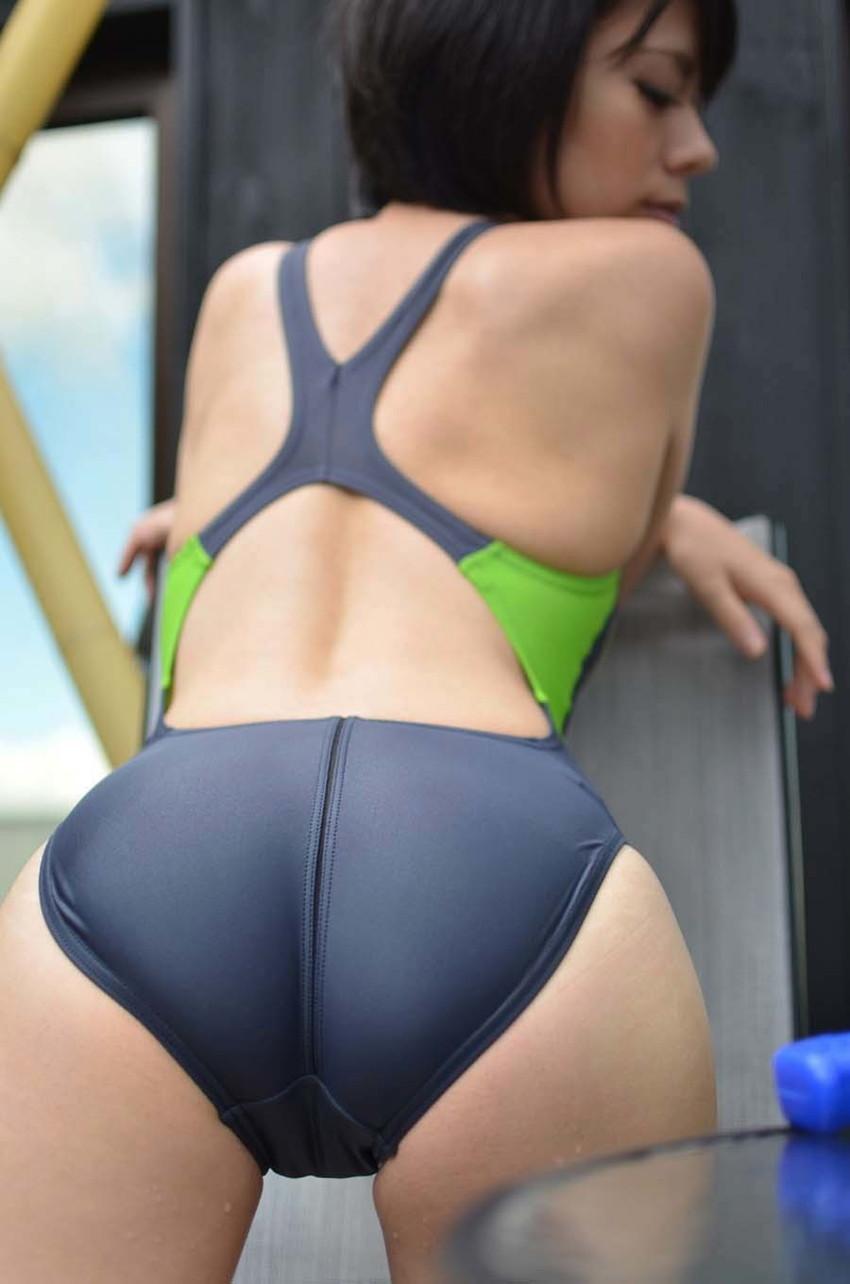 【競泳水着エロ画像】ガチでエロいぞこの水着!これで競泳用だと言うのだから驚き! 66
