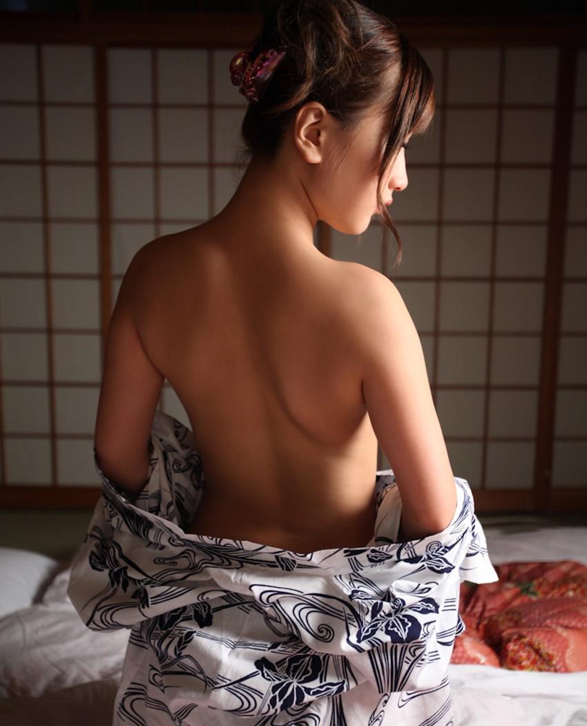 【和服エロ画像】和服姿の女の子のエロスってめちゃめちゃ興奮するよな!? 68