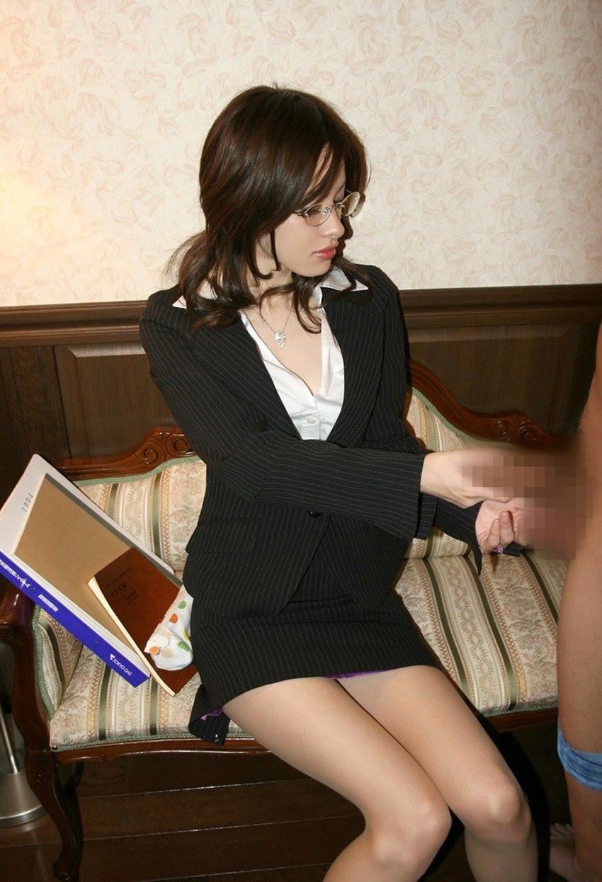 【手コキエロ画像】ソフトサービスだけに女の子のルックスが求められる? 29