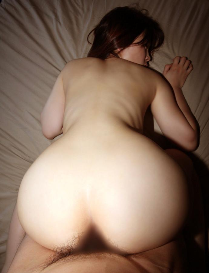 【後背位エロ画像】お尻フェチが好むとされる後背位でセックスする男女! 05