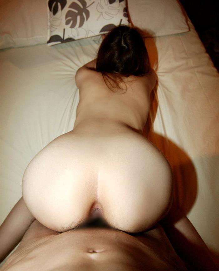 【後背位エロ画像】お尻フェチが好むとされる後背位でセックスする男女! 44