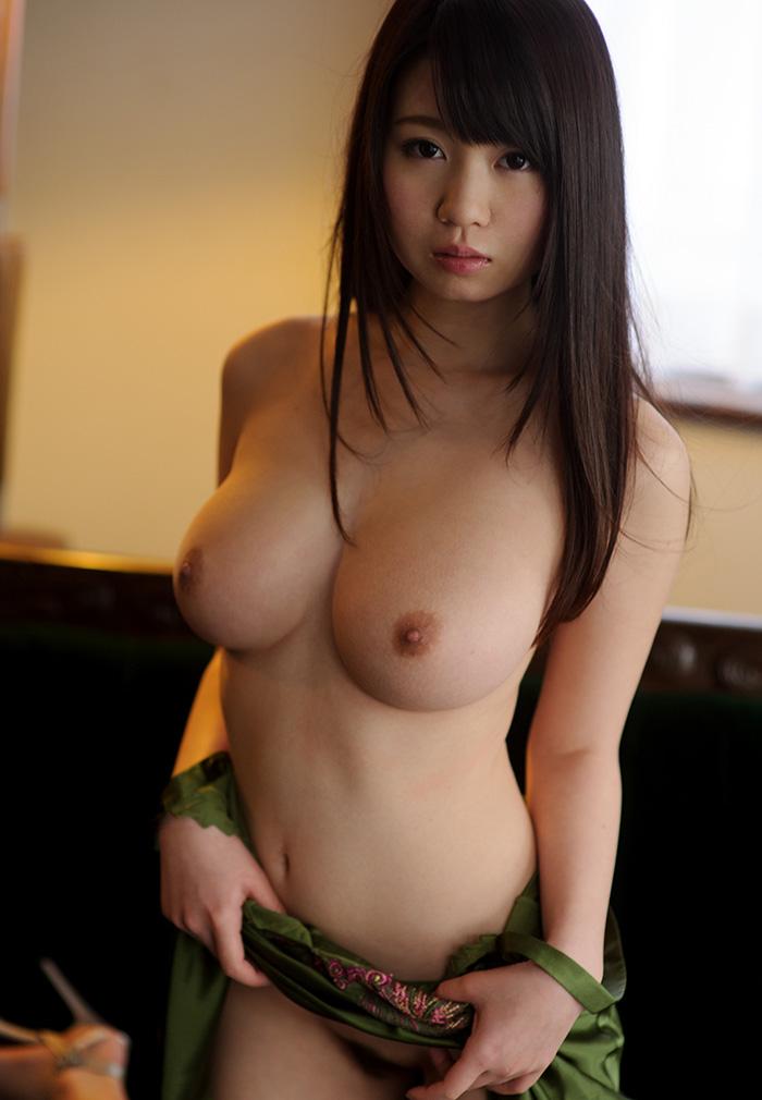 【美乳エロ画像】美しいおっぱいは正義!美乳の女の子のエロ画像集めたった! 27